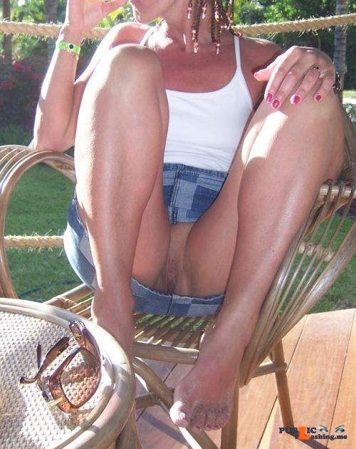 No panties peterrabbit66:My wife can be so casual…. like her meat isn't… pantiesless