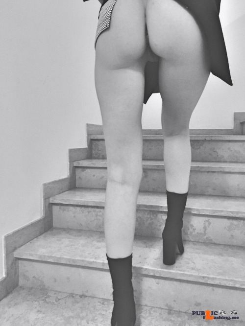No panties rastal04: Ora vado in palestra.Going to the gym.Please reblog! pantiesless