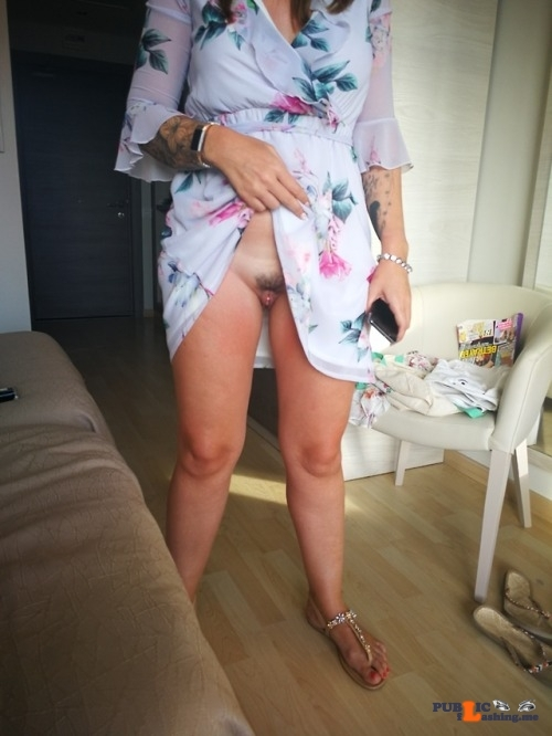 No panties richaz69: Mallorca – let me do my checks, dress up. pantiesless