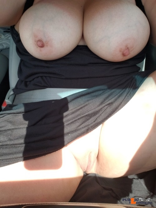 Public Flashing Photo Feed : No panties voodoopussy1000: Don't you road trip like this? Too bad I can't… pantiesless