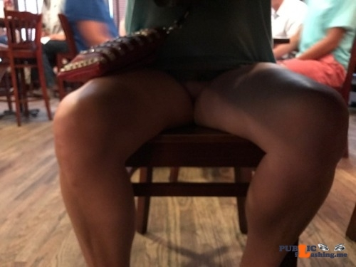 No panties carolinacpl: Out to dinner pantiesless