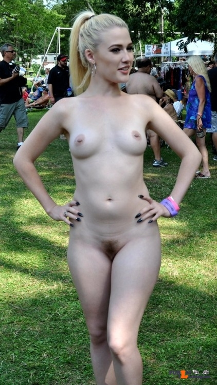 Public nudity photo mmm-pretty: Performer Follow me for more public exhibitionists:…