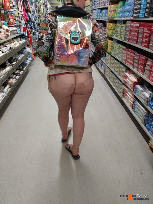 No panties sh0rtsk1rtnopanteez: I always get a nice view when we're out… pantiesless