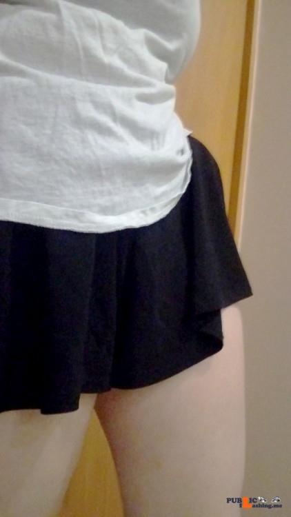 No panties lunamadden: I just love these shorts? pantiesless