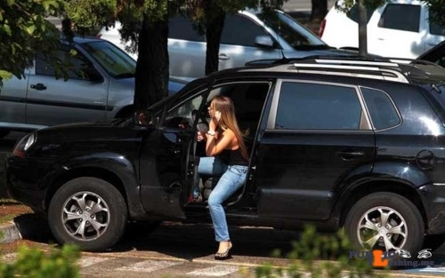 Public Flashing Photo Feed : Exposed in public Jessica Lopes caught car changing…