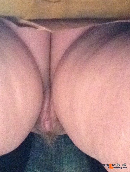 No panties indymoll: Cheeky up skirt shot pantiesless