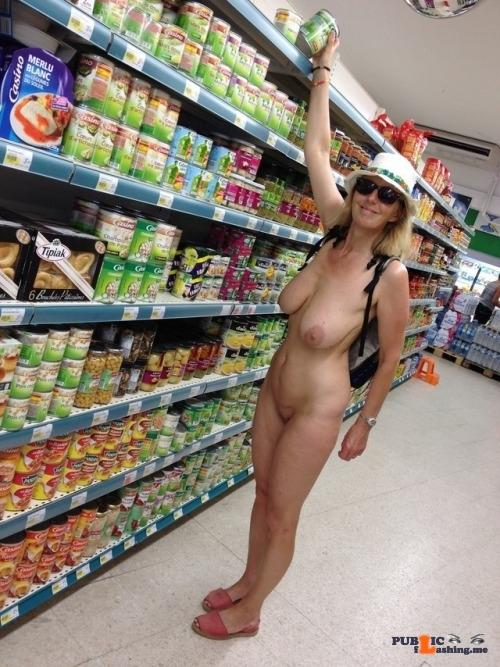 Public flashing photo wife-public:▶️ Wife-Public 👉 Amateur Day