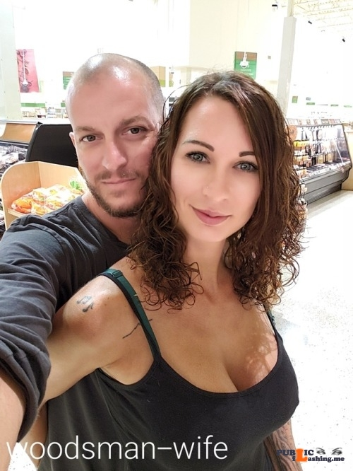 Public exhibitionists lookatherhere: woodsman-wife: Publix, where shopping is a…
