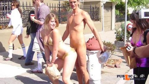 Public nudity photo hiden8kd: walkingandswinging: Public CFNM by Lloyd is sometimes…