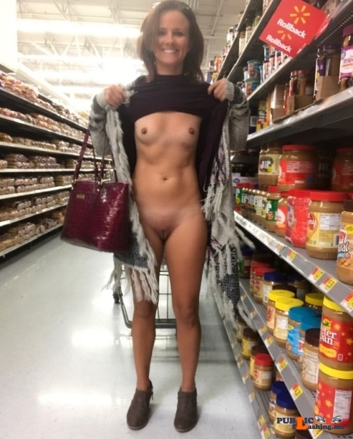 No panties subslut123: Out & About ? pantiesless