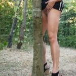 No panties flashthatmeat: If i were a tree…………….. pantiesless