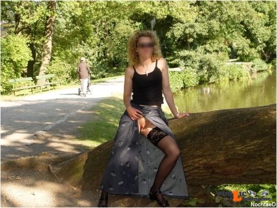 No panties alistergee: Endlich wieder Wochenende … Zeit zum spielen ?? pantiesless